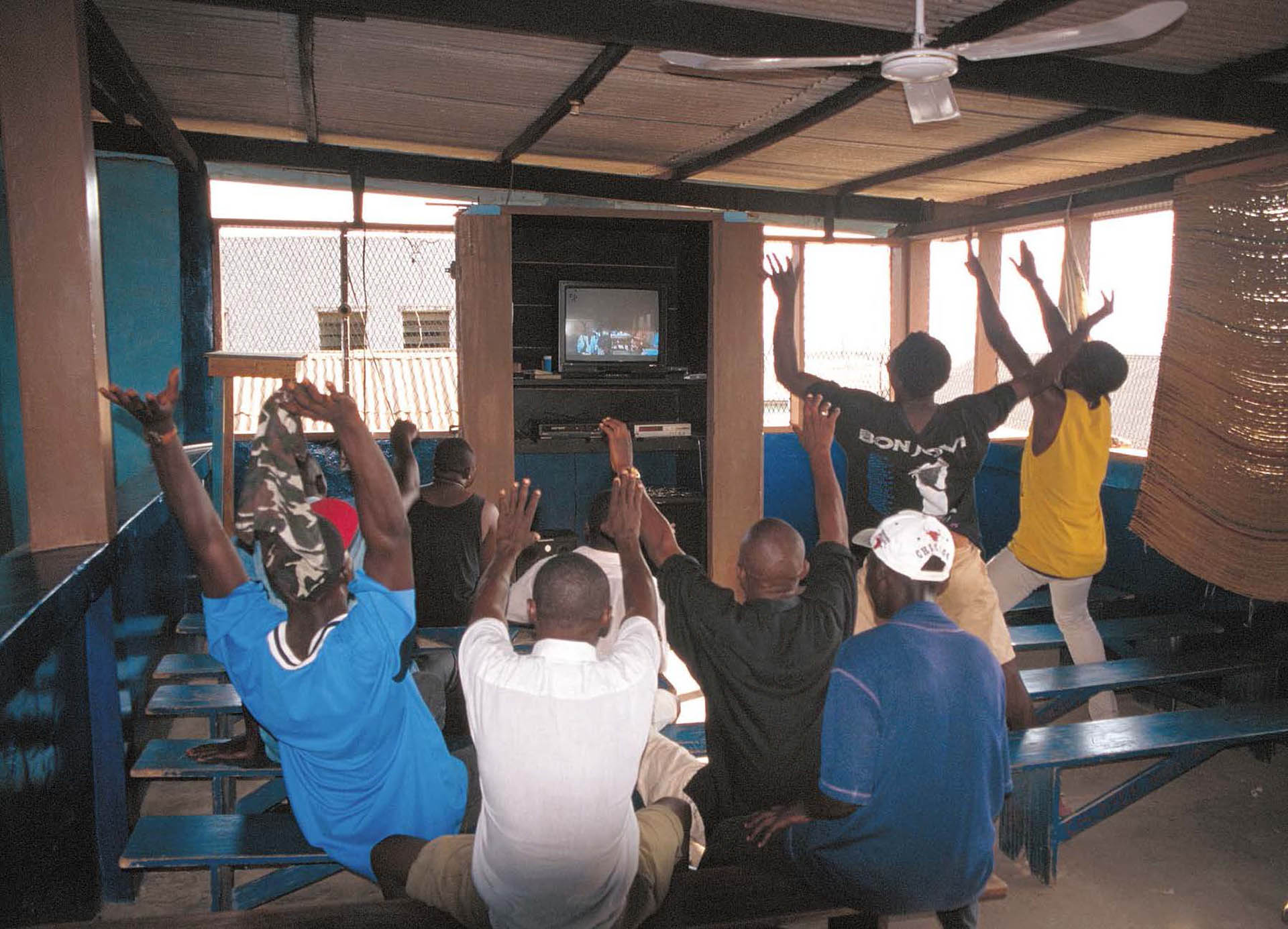 Video club audience in Tema, 1998